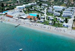 KINETTA BEACH RESORT & SPA 4*, στην Κινέττα